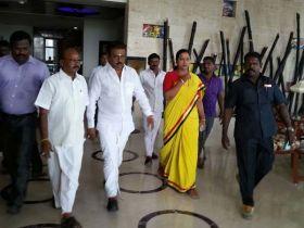 தேர்தல் கூட்டணி பற்றி முடிவெடுக்க விஜயகாந்த்துக்கு அதிகாரம்: தேமுதிக தீர்மானம்